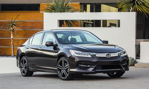 Honda Accord 2016 trang bi them nhieu cong nghe moi