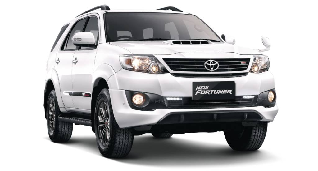 xe Toyota Fortuner 4x4