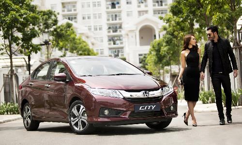 Tặng 500 lít xăng khi mua Honda City 2016