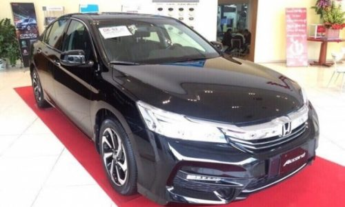 Honda Accord 2016 dau tien ve toi Viet Nam