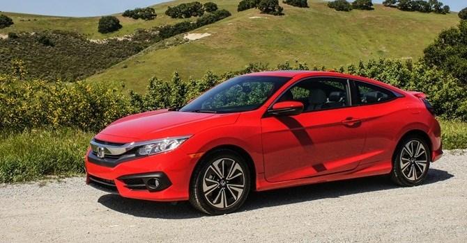 Honda Civic thể thao khác gì phiên bản sedan