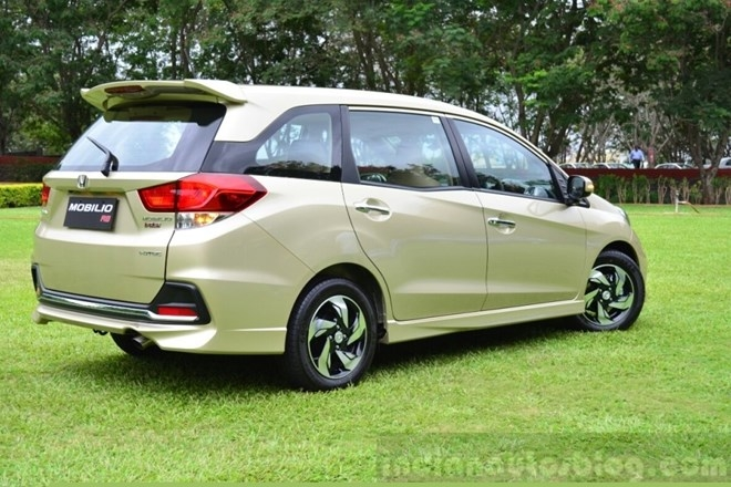Giá bán Honda Mobilio 7 chỗ