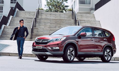 Mua xe Honda CR-V và Honda Accord được hỗ trợ phí trước bạ