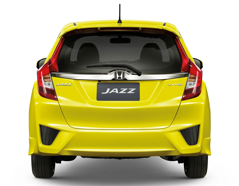 phia sau xe Honda jazz